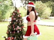 Aria giovanni plays santa, shows off a few of her gifts to light up your nuts.