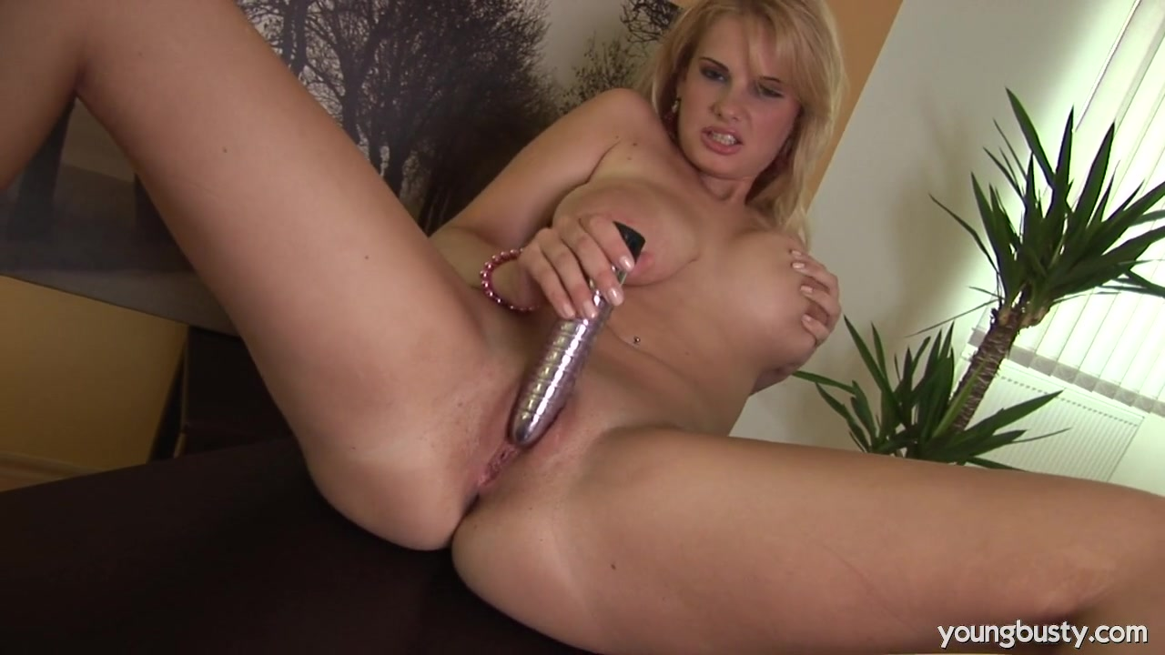 Fantastic Cum, Too Bad She Doesn'T Swallow It Down Like A Good Girl.