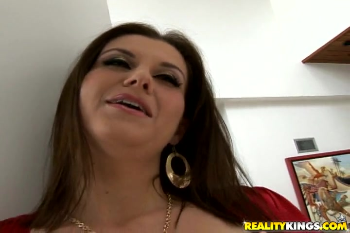 Sara has huge triple f titties and the way she could shake them makes them even bigger.