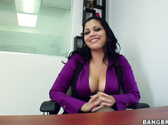 Wow What A Hottie - Mmmm - Beautiful & Sexy - And Those Big Jiggly Titties - Damn That Dude Is Lucky - What A Woman ;-)