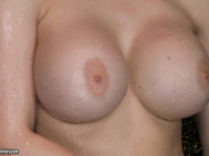 It is time to take a beauty sleep for the mesmerizingly hot sex diva, Aletta Ocean.