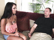 Peta Jensen stops by to introduce herself to her neighbor.