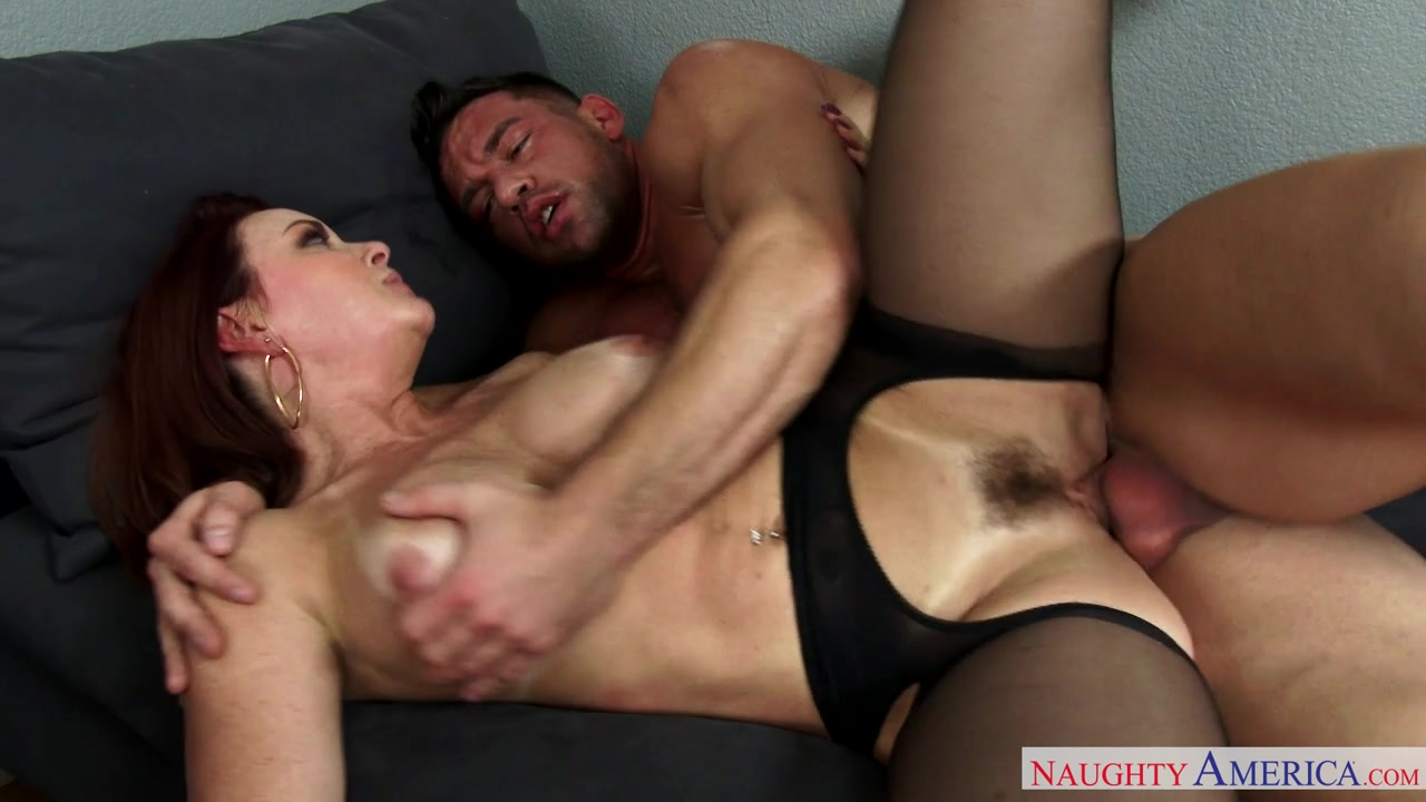 Love That Big Body And Her Hairy Bush, Wish That Was Me Eating Her Pussy............................