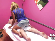 This rub down gets going with this cute asian girl bringing in her client.