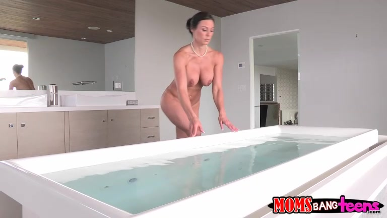 Kendra Lust had a long day at work and wanted to take a hot bath and relax.