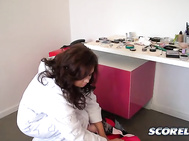 Hang out with SCORE and Voluptuous Girl Sirale in Prague, Czech Republic as she dresses for sexcess. 2