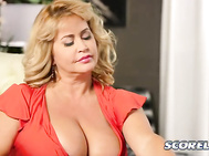 Valentina Monroe's first appearance yielded ten comments, all positive.