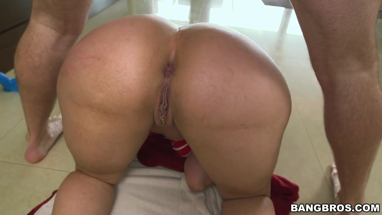 She loves making these fuck flicks, and has no problem giving it all for the camera.