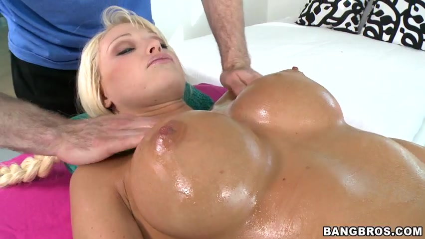 After massaging her huge perky tits, what else better to do then to massage the camel toe and get her warmed up for the deluxe special.