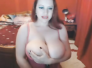Redhead with huge tits webcam