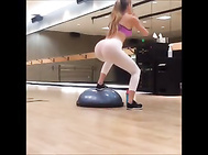 Amanda with a huge butt and silicon tits